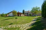 Agriturismo with swimming pool for holiday rentals in tuscany, italy